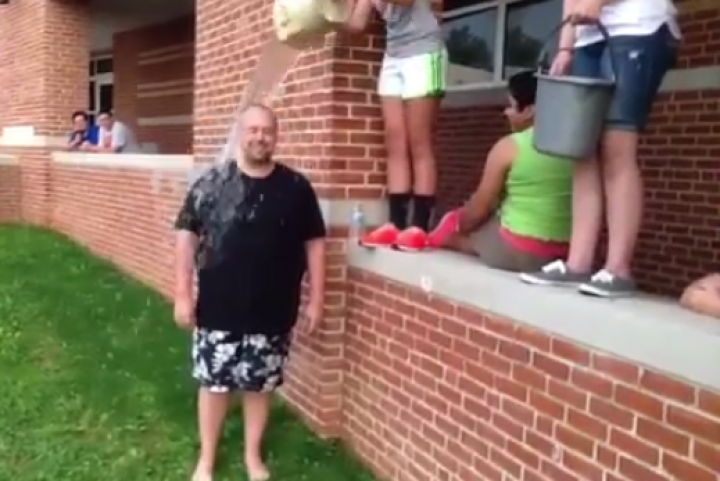 Scott Cullen Takes ALS Challenge, And More
