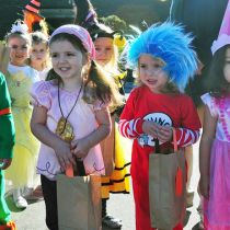 Jenn's Musings: Halloween And Trick or Treat 2014